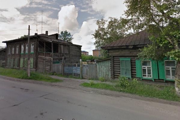 Детям-сиротам выделили заброшенный дом на Пролетарской