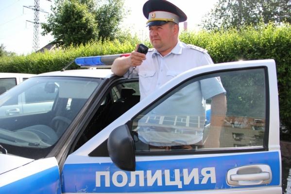 Супруга мужчины направила в ГИБДД благодарность, отметив не только помощь, но и внимательность инспектора ДПС