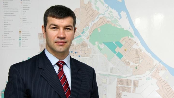 Локоть проводил главу Кировского района на работу в правительство
