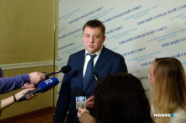 Андрей Жуковский считает обновление автопарка «Омскэлектро» неизбежным. И долги предприятия помехой не стали