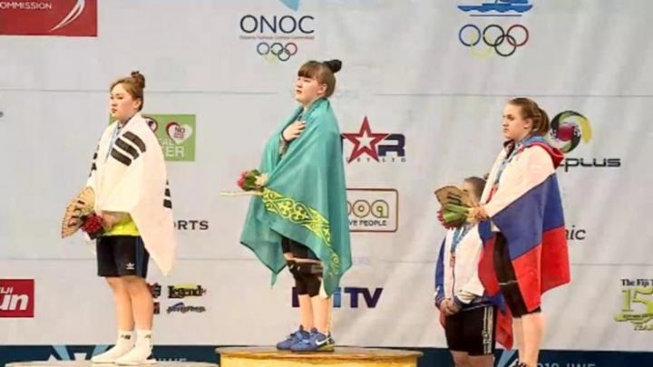 Шадринская тяжелоатлетка Екатерина Визгина завоевала бронзу чемпионата мира среди юниоров