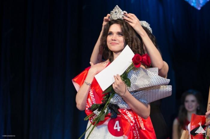 Анастасия на награждении во время новосибирского этапа конкурса.