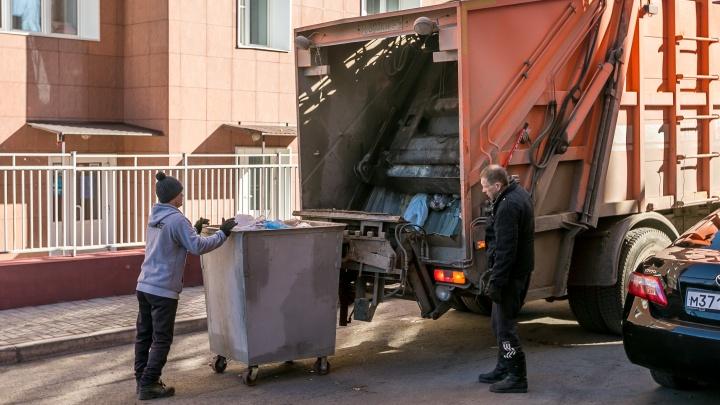 Раздельный сбор мусора, незаконные свалки и новые баки: левобережный оператор подвёл итоги работы