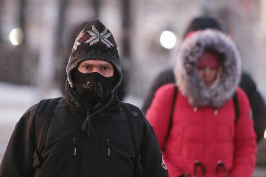 Врачи советуют в холода как можно меньше находиться на улице