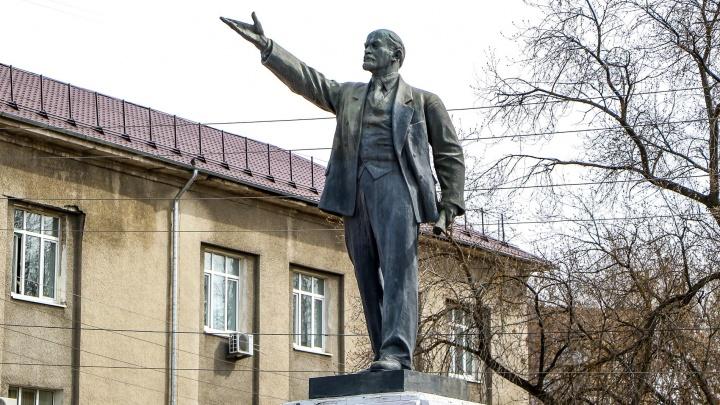 Засекреченный Ильич и Ильич-барельеф: NN.RU рассказывает о 8 памятниках вождю в Нижнем Новгороде