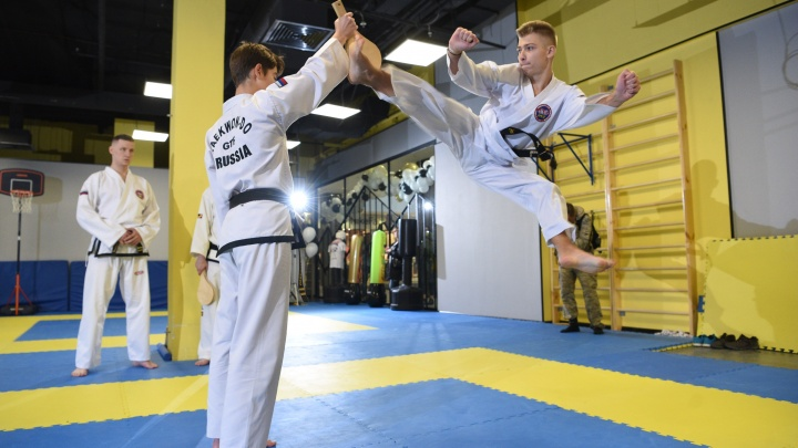 Переросли подвалы и школьные спортзалы: в Екатеринбурге открыли профессиональную школу тхэквондо