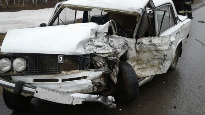 Смертельная авария в Башкирии: «шестерка» протаранила «Ниву»
