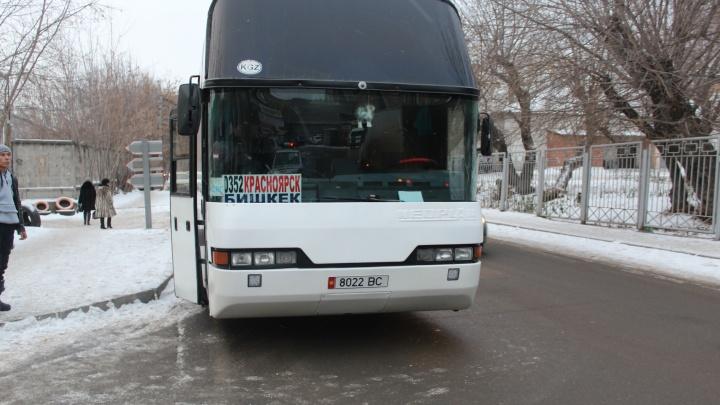 Автобус с неисправным рулём и тормозами поймали у автовокзала на «Взлётке»