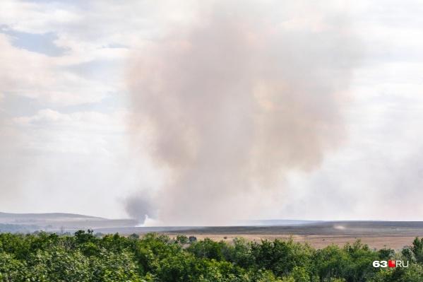 Пожарные заверяют, что угрозы населенным пунктам нет