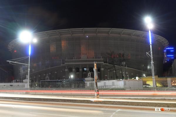 В центре города на зданиях отключили подсветку