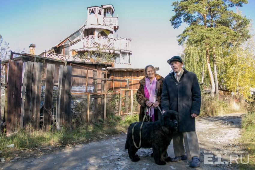 Супруги очень любили свою башню, но в последние годы она была в удручающем состоянии