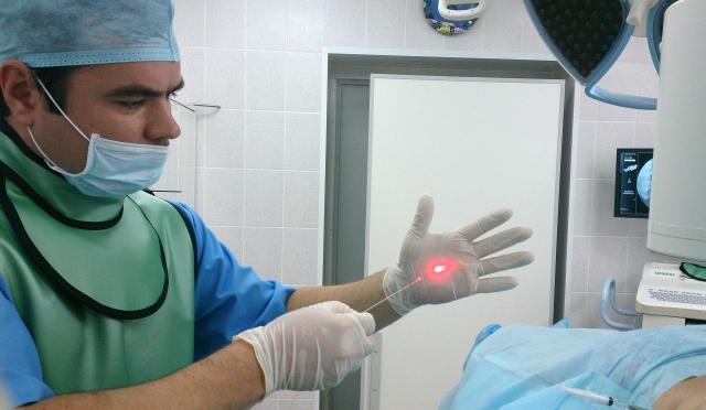 Олег Куликов, врач-нейрохирург МЦ «Здоровье»: «Боли в спине — симптом, не имеющий возрастных границ»