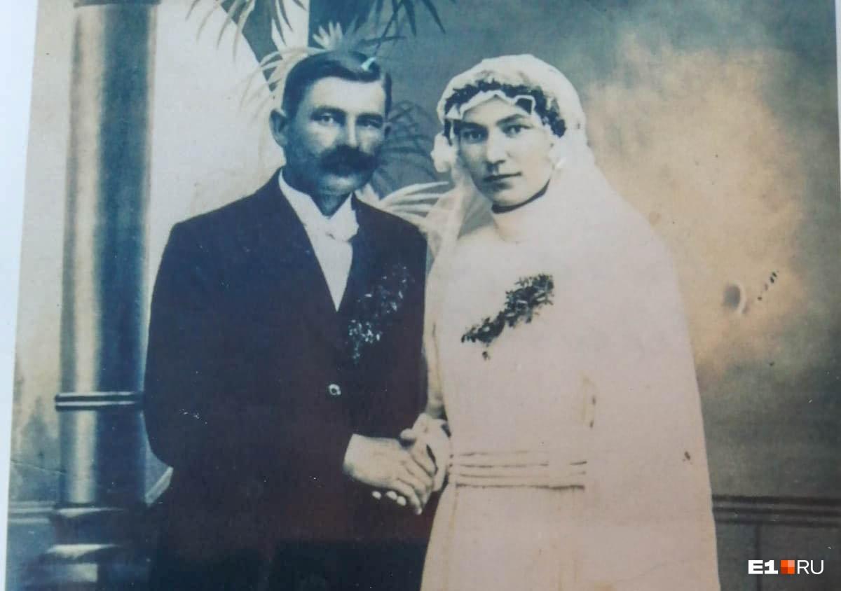 Александерс и Анна Силинш. Единственное оставшееся фото