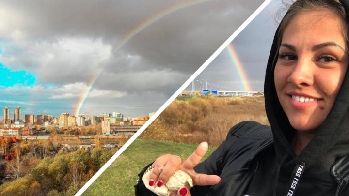 Тюменцев очаровала двойная радуга. Любуемся кадрами разноцветного неба