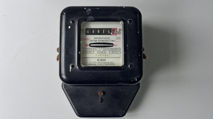 Раритетный счетчик обнаружили сотрудники «ТНС энерго Ростов-на-Дону» в ходе поверки приборов учета