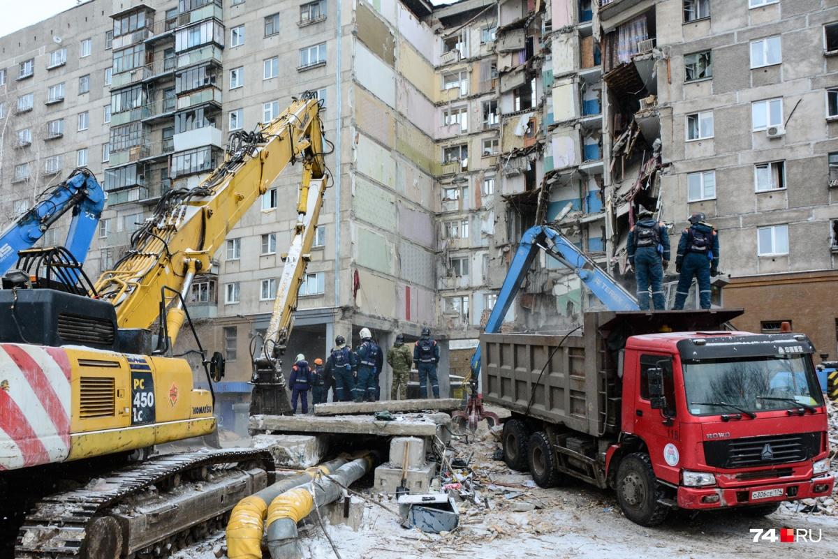 Пострадавший дом разделят на два отдельных здания, демонтировав обрушившийся и соседний подъезды