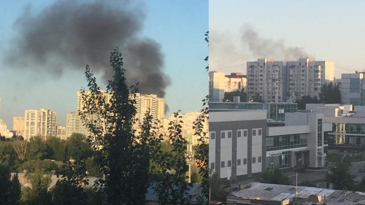 Самара в черном дыму: в МЧС сообщили, что горело между Авророй и Революционной