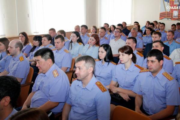 137 волгоградских следователей стали казаками