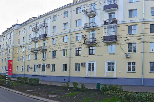 Сталинки на Волжском проспекте построили в 60-е годы прошлого века