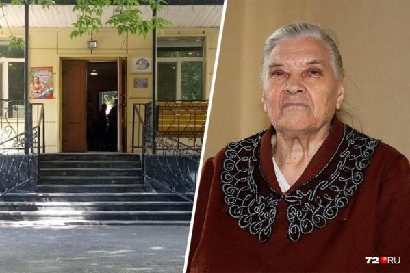 Конфликт между работниками и руководством пансионата начался после огласки ситуации с похоронами 91-летней Анны Бусыгиной, которую закопали после смерти в санитарном пакете