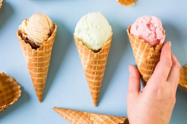 Отвечайте на вопросы ведущего правильно, и выигрывайте много, очень много натурального мороженого «Купино»