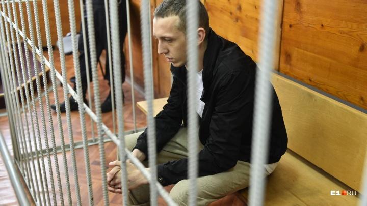 Виновник ДТП на Малышева объяснил аварию «проблемами с головой»