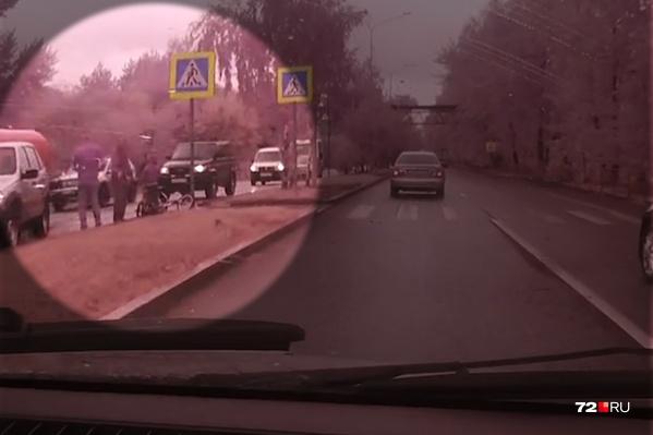 Авария с участием ребёнка случилась на пешеходном переходе около полудня