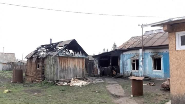 После гибели матери с двумя детьми на пожаре в Башкирии возбудили уголовное дело