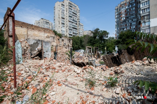 По делу о пожаре проходит в том числе замглавы Пролетарского района