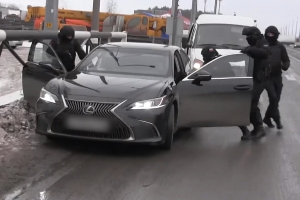 Lexus «предпринимателей» задержали на трассе