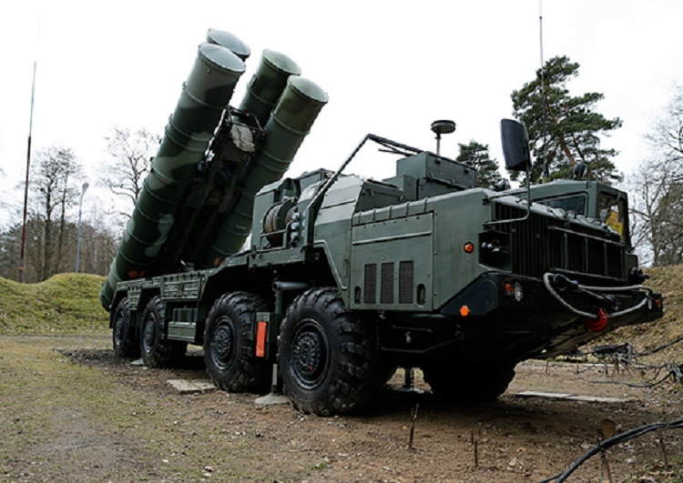 Таким комплексом войска противовоздушной обороны России начали оснащать в 2017 году