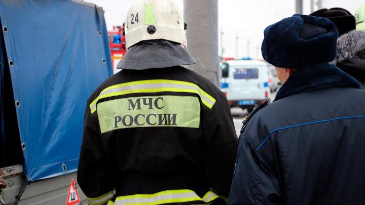 Омские спасатели рассказали, как правильно отогревать автомобиль в морозы
