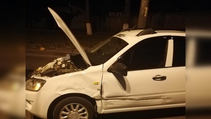 Владелец «Гранты» ищет водителя «Лады Весты», который скрылся сразу после ДТП на Кирова — Мирной
