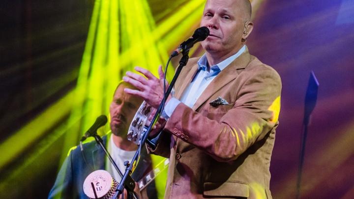 На концерте в Перми Алексей Кортнев посвятил песню пенсионной реформе
