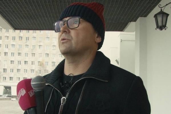 На своих ресурсах в интернете Александр Донской объявил, что мавзолей с его экскурсиями разлагает российское общество до состояния гниения