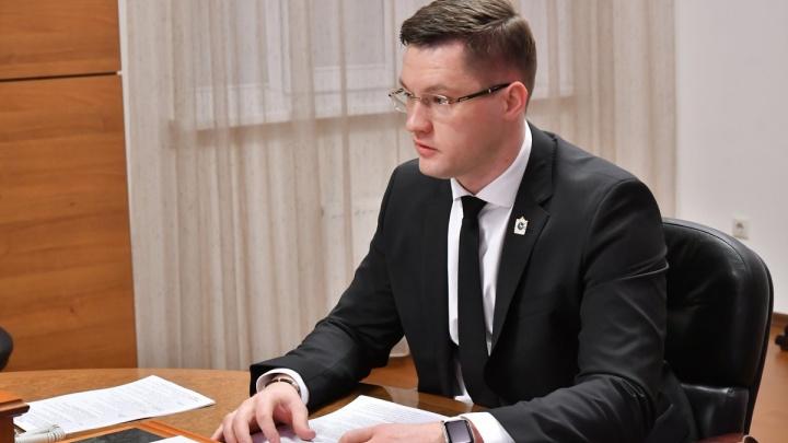 Компания министра Чудаева получила добро на строительство высоток на месте военной части на Панова