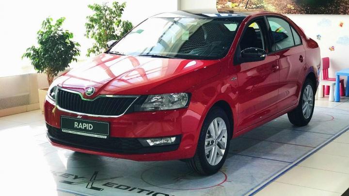 Весенние цены на новые автомобили Škoda: купить «железного коня» и сэкономить минимум 158 000 рублей