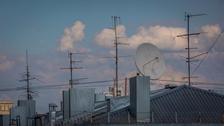 Лишь бы смотрели: оставшихся без цифрового ТВ жителей Новосибирской области подключили к спутнику