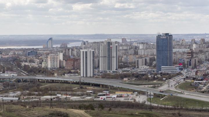 «У природы нет плохой погоды»: Волгоградскую область ждут сильный ветер, заморозки и дожди при+13°С