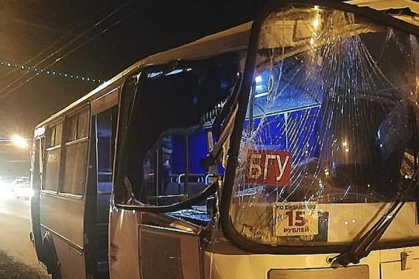 Автобус ехал по маршруту № 266 от БГУ в сторону Сипайлово