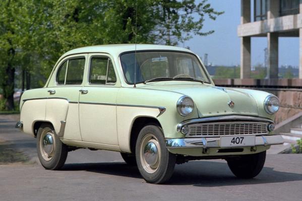 Интересным автомобилем владеет жена депутата Александра Морозова — в декларации значится старинный «Москвич-407»