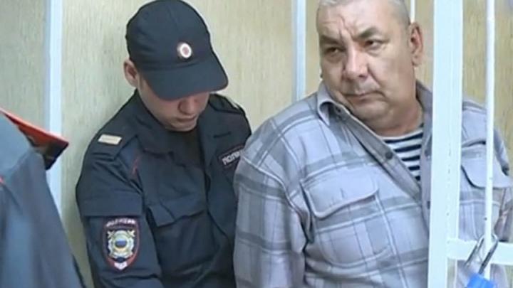 Стрелял до последнего патрона: новосибирец получил 12 лет за расстрел соседей по гаражу