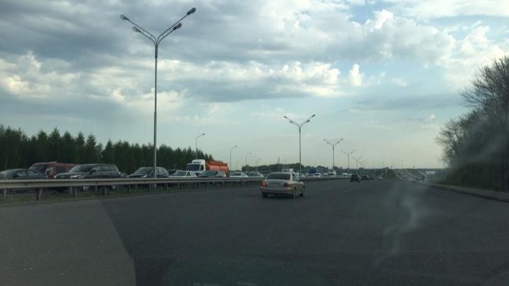 Пробка на трассе Уфа — аэропорт продолжает разрушать планы уфимцев