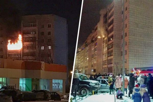 В новогоднюю ночь, когда произошел пожар, сотрудники МЧС эвакуировали на улицу 37 человек. Всем им пришлось отмечать праздник на улице