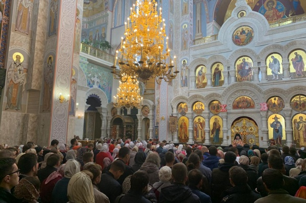 Во всех храмах митрополии зачитали послание митрополита Кирилла