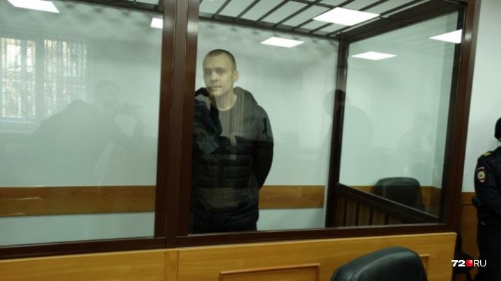 Для показаний в Тюмень привезли члена жестокой «банды ФСБ», которую судят за убийство таксистов