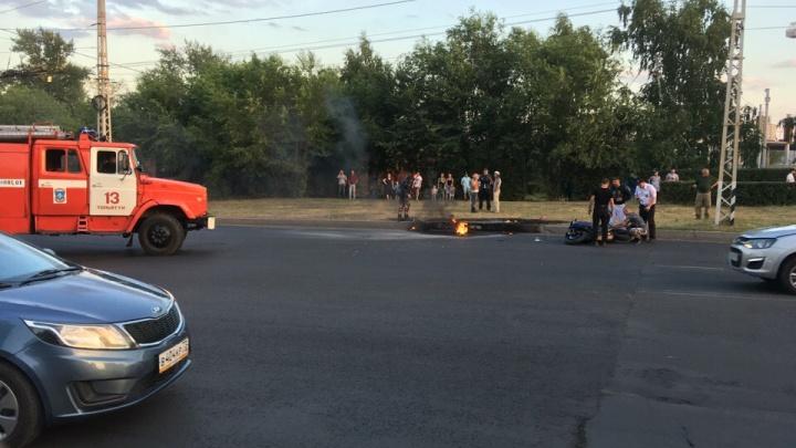 Оторвался бензобак: в Тольятти мотоциклист погиб в ДТП