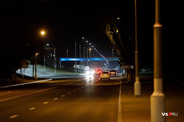 За обследование дорог на ровность мэрия Волгограда готова заплатить 1,7 миллиона рублей