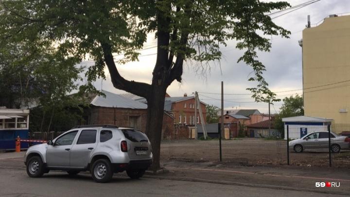 Фотофакт. На улице Пермской снесли киоски — но они были оформлены по новым требованиям