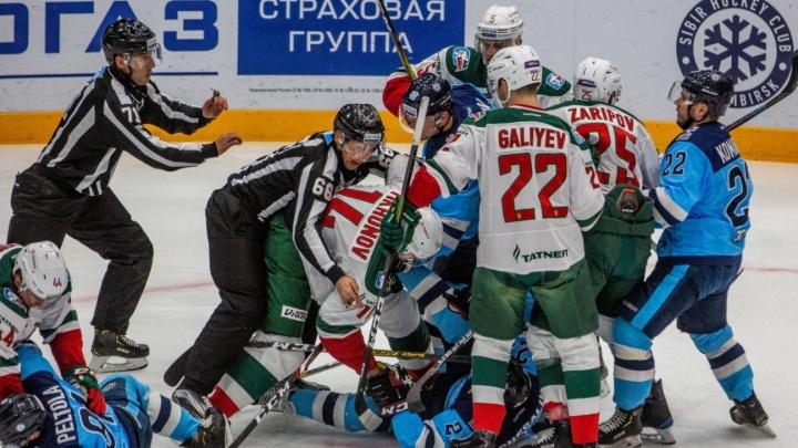 Приставы арестовали телевизор хоккейного фаната, когда он смотрел матч «Сибири» и «Ак Барса»